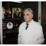 Toša Atanacković u laboratoriji u Beočinu